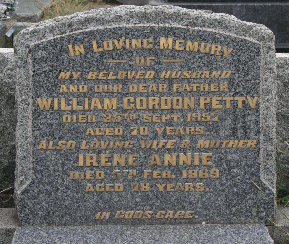 Headstone of grave of Will and Irene Petty