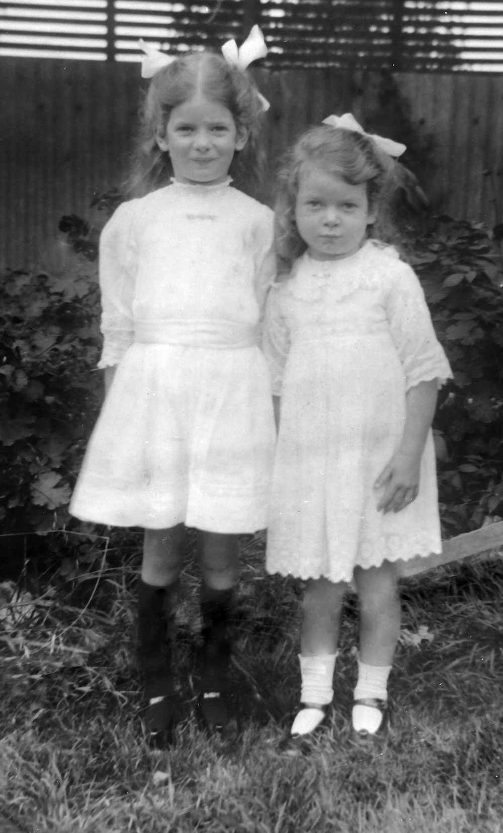 Joyce and Marjorie Petty about 1917