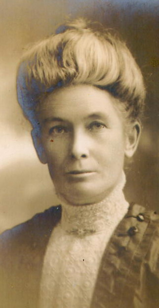 Sarah Plumb nee Whitten, mother of Laura and Irene r.jpg