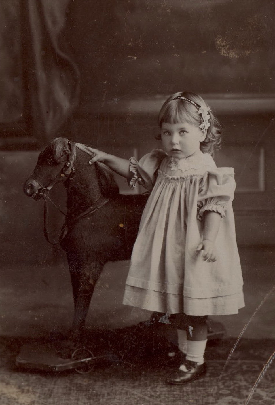 Eva Dance as a young child